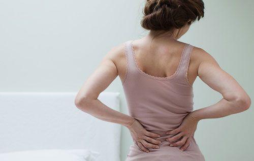 Болить спина після пологів: чому і що робити?