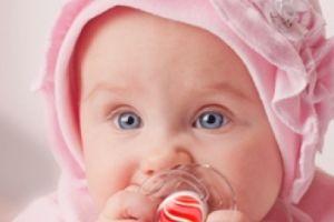 Використання пустушок загрожує дитині неправильним прикусом