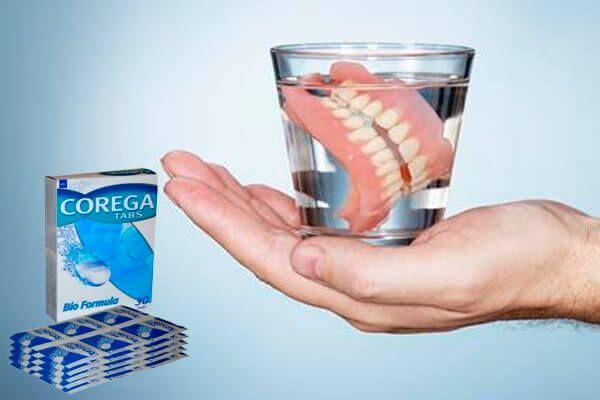 Як працюють таблетки для очищення зубних протезів корега?