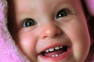 Коронки для молочних зубів - захист з самого дитинства!