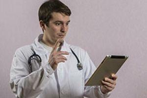 Російські лікарі будуть здавати іспити