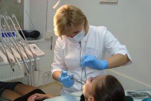 Сімферопольських стоматологів звинуватили в злочині