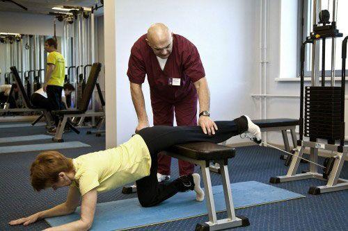 Вправи при остеопорозі: лікувальна гімнастика