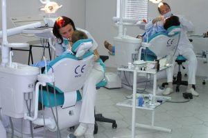 У санкт-петербурзі різко зріс попит на професію стоматолога