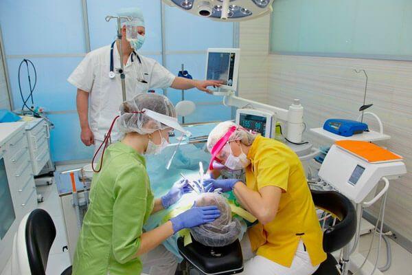 навіщо присипляти пацієнта перед операцією