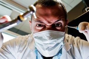 Мешканка казані пред`явила стоматологам позов на 100 тис. Рублів