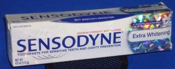 якісна зубна паста Сенсодин Екстра відбілювання